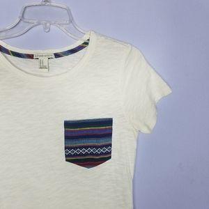 ⚡Forever 21 Aztec Print Pocket Tee